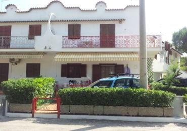 Affitto: apprtamento con piscina a Rosolina Mare, appartamento al piano terra, appartamento con portico, appartamento fronte mare