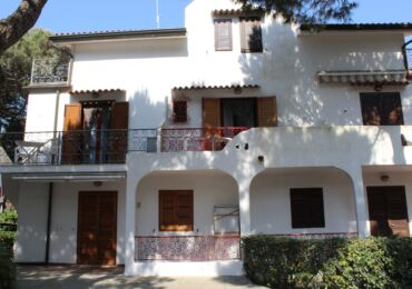 Affitto trilocale Residence Patio Rosolina Mare , piscina , euroexpress, agenzia , visit rosolina , giardino botanico